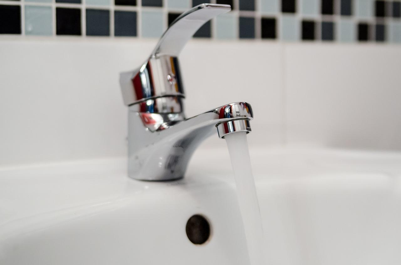 plumber-2788336_1280